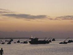 """""""Sei o caminho dos barcos"""" - Praia de Iracema em Fortaleza, CE"""