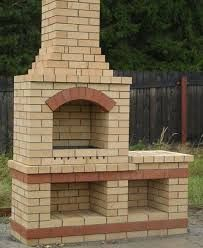 New Backyard Brick Patio Pizza Ovens Ideas Brick Grill, Brick Oven Outdoor, Diy Patio, Backyard Patio, Backyard Landscaping, Pizza Oven Fireplace, Barbecue Design, Outdoor Barbeque, Outdoor Chandelier