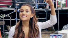 Ari Grande GIFs - Find & Share on GIPHY