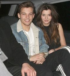 Louis Tomlinson and Eleanor Calder, love this one of them xxx One Direction Girlfriends, The Girlfriends, Eleanor Calder Outfits, Louis And Eleanor, Best Freinds, Louis Williams, Larry Stylinson, Best Couple, Celebs