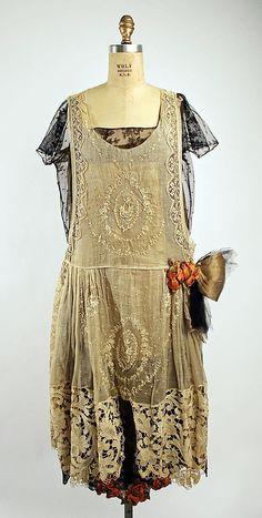 Boué Soeurs couture evening dress Paris, France in robe de style from 1920-1925.