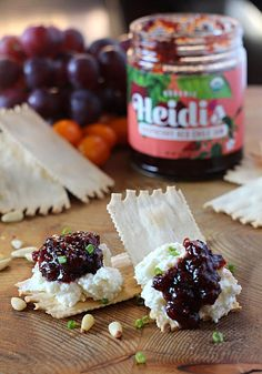 Whipped Goat Cheese Appetizer with Raspberry Red Chile Jam. Salty, creamy, sweet and spicy makes for an incredible flavor experience. Best Party Appetizers, Quick And Easy Appetizers, Cheese Appetizers, Easy Appetizer Recipes, Party Snacks, Jam Recipes, Sweet Recipes, Holiday Recipes, Whipped Goat Cheese