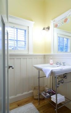 great craftsman full bathroom. i like the tile on floor and wall