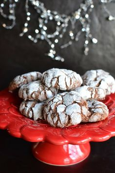 Playing with Flour: Nutella-hazelnut crinkle cookies...'Tis the season!