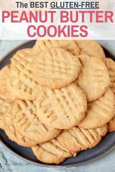 Chewy Gluten-Free Peanut Butter Cookies - this easy recipe uses common ingredients that make a cookie so delicious, no one will guess it's gluten-free! Gluten Free Cookie Recipes, Gluten Free Sweets, Gluten Free Baking, Gf Recipes, Gluten Free Deserts Easy, Gluten Free Foods, Gluten Free Popcorn, Best Gluten Free Cookies, Gluten Free Cookie Dough