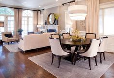 Creative methods to decorate a living room-dining room combo. Creative methods to decorate a living room-dining room combo. Small Living Dining, Living Dining Combo, Formal Living Rooms, Modern Living, Furniture Layout, Furniture Arrangement, Dining Room Furniture, Dining Rooms, Arrange Furniture