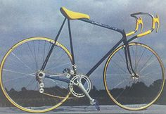 At 10.3 lbs (4.67kg) this bike was alleged to be the world's lightest in 1984. Designed by Luigi Colani. Note the placement of the gear cluster, rear wheel overlapping the seat tubes,