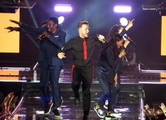 UK pop sensation Olly Murs kicked off his 2017 UK tour at The SSE Hydro Arena in Glasgow in celebration of the release of his latest album 24 Hrs. Scottish fans were treated to a setlist filled to …