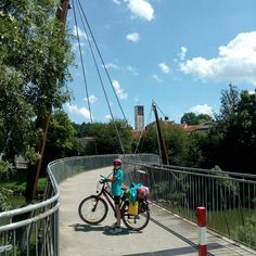 Das Brückenkind sammelte gerne ihre Brücken.    #radlhasen #Wendlingen  #Fahrrad #Radfahren #radeln #Radtour #Fahrradtour #Radreise #Radurlaub #Radwandern #bikelover #biketour #biketouring #trekbikes #rideyourbike #bicycletour #bicycletouring #biking #bicycling #biketravel #lovebike #instabike #bikelovers #papablog #papablogger #mädchenpapa #bodehase #latergram