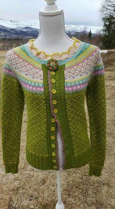 Røverkofta Lace Knitting, Knit Crochet, Fair Isle Knitting Patterns, Winter Sweaters, Knit Cardigan, Bunt, Embroidery, Wool, Sewing