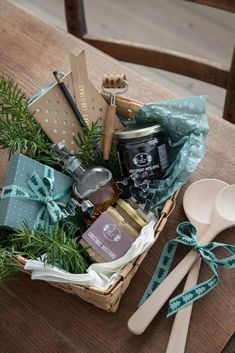 Christmas And New Year, Christmas Home, Host Gifts, 24 October, Christmas Inspiration, Baked Goods, Gift Wrapping, Seasons, Hygge