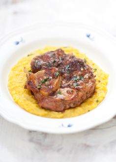 Ossobuco alla Milanese, a veal dish served on risotto, Milan, Italy Think Food, I Love Food, Food For Thought, Good Food, Osso Buco Recipe, Meat Recipes, Cooking Recipes, Italian Meats, Gastronomia