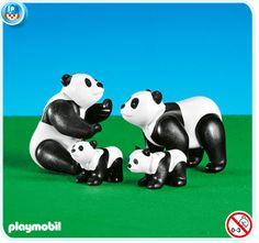 City Life: Zoo: Panda Family