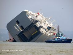 51,000 tonne Hoegh Osaka off the Isle of Wight in January 2015