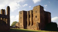 Kenilworth Castle and Elizabethan Garden Things to do | English Heritage