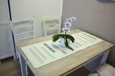 Vorhang oder Tischläufer? - rundherum Quilts, Table, Inspiration, Furniture, Home Decor, Scrappy Quilts, Matching Colors, Keep Running, Homes