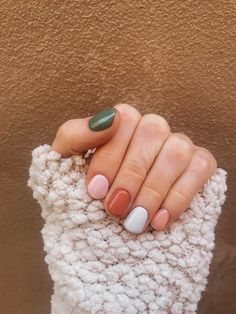 12 popular winter nail art trends that you need to try as soon as possible Ecem . - 12 popular winter nail art trends that you need to try as soon as possible Ecemella, out - Winter Nails, Spring Nails, Fall Nails, Summer Nails, Ten Nails, Nagellack Trends, Hair Skin Nails, Minimalist Nails, Chrome Nails