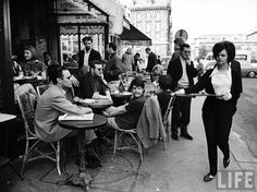 vintage everyday: 30 Fascinating Black and White Photographs of Street Scenes of Paris Taken by Alfred Eisenstaedt in 1963