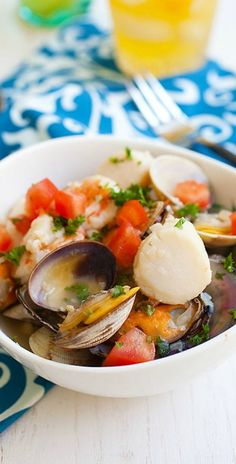 Summer Seafood Stew - the EASIEST and best one-pot seafood stew, so briny, fresh and screams summer! | http://rasamalaysia.com
