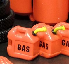 TWO RED GAS CANS Garage Shop Accessories MINIATURE 1:24 (G) Scale DIORAMA in Toys & Hobbies, Model Railroads & Trains, G Scale | eBay