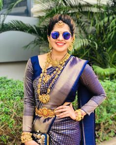 To make it easier for you, we have the top trending beautiful silk saree blouse designs so that you can choose the best for your saree look. Bridal Sarees South Indian, Indian Bridal Photos, Bridal Silk Saree, Indian Bridal Fashion, South Indian Bride, Kerala Bride, Wedding Saree Blouse Designs, Silk Saree Blouse Designs, Wedding Sarees