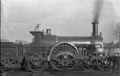Great Western Railway broad-gauge 'Rover' class express x Rail Train, Train Car, Time Travel Machine, Holland, Bonde, British Rail, Old Trains, Great Western, Steam Engine