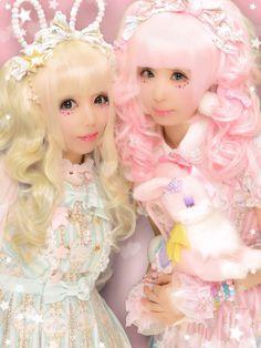Fantasic Carnival☁️🌙 twins