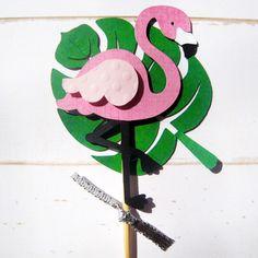 Picks/Topper para Cupcake - Festa Tropical - Flamingo Flamingo Party, Flamingo Craft, Luau, Presents For Kids, Ideas Para Fiestas, Felt Animals, Craft Kits, Party Gifts, Cake Toppers