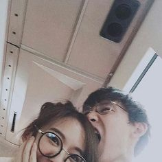 Image about cute in ulzzang couples by ju on we heart it Mode Ulzzang, Korean Ulzzang, Ulzzang Girl, Funny Couples, Cute Couples Goals, Cute Relationship Goals, Cute Relationships, Healthy Relationships, Fan Fiction