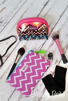 Add a Dash of Glamour to Your Travel Accessories #beauty #makeup #tools #beautyblogger #blogger #bblogger #travel #travelblogger