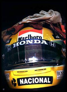Imagen insertada Racing Helmets, F1 Racing, Drag Racing, Formula 1, Honda, Jochen Rindt, Mclaren F1, Motosport, F1 Drivers