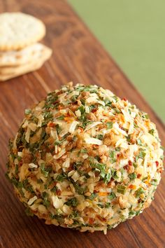 #Epicure Onion & Bacon Cheese Ball Cheese Ball Recipes, Appetizer Recipes, Bacon Cheese Ball Recipe, Potato Recipes, Vegetable Recipes, Dinner Recipes, Epicure Recipes, Cooking Recipes, Yummy Recipes