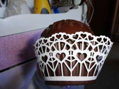wrapper para cupcake modelo 2 - coração   Atelier Cristy Rego -papelaria e festas personalizadas, miniaturas e presentes   Elo7