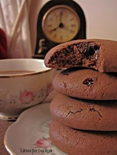 Strange and unusual the title in this t . Cookie Recipes, Dessert Recipes, Greek Desserts, Greek Recipes, Cooking Cookies, Food Gallery, Think Food, Cake Bars, Tasty Bites