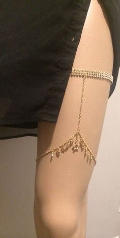 Body Chain Jewelry, Cute Jewelry, Jewelry Accessories, Vintage Jewelry, Jóias Body Chains, Mode Outfits, Fashion Outfits, Accesorios Casual, Fantasy Jewelry