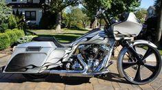 custom harley davidson street glide   Photo of 2012 Harley Davidson FLTRX Custom Road Glide Bagger
