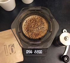 Specialty Coffee Advent Calendar (by @kaffebox)  Dec 16  New day new coffee new equipment. Im using my great new @acaiacoffee lunar to brew the Nyaruzina Rwanda by @lippekaffe with tastes of fruits and chocolate. Nice!  #kaffebox #kaffeboxjul #25cupsofchristmas #specialtycoffeeadventcalendar #lippekaffe by lastguest_hh