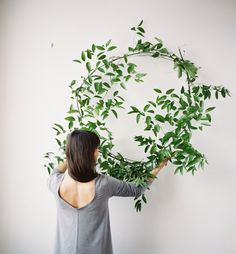 greenery wedding wreath via oncewed.com