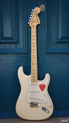 Fender American Special Stratocaster Olympic White American Special Stratocaster, Fender American Special, Fender Stratocaster, Fender Guitars, Cool Electric Guitars, Much Music, Beautiful Guitars, Olympics, Music Instruments