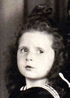 (05/07/1933) Kiel, Germany (07/13/1942) sadly murdered at Auschwitz Concentration camp 9 years old First Color Photograph, Holocaust Survivors, Never Again, Losing A Child, Lest We Forget, Child Face, 9 Year Olds, Judaism, World War Two