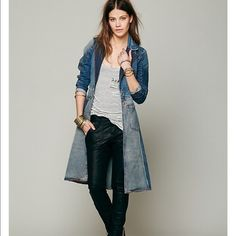 Free People Head Over Heels Artisan DeLuxe Jacket Free People Head Over Heels Artisan DeLuxe Jacket size small. Sold out!! Excellent condition. Free People Jackets & Coats Jean Jackets
