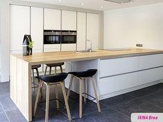 Keukenrealisatie van IXINA Bree / Réalisation cuisine greeploze keuken - cuisine sans poignées