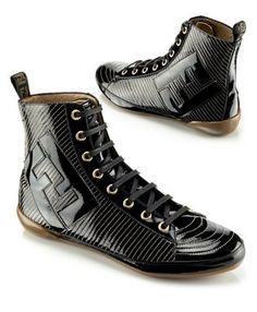 c74ce3fba391 Fendi  Yes please. Chaussure, Chaussures Nike, Chaussures Roshe, Nike Roshe,