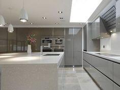 Luxury Kitchen Handle-less Gloss Brown Grey Open Plan Kitchen Living Room, Kitchen Room Design, Luxury Kitchen Design, Best Kitchen Designs, Home Decor Kitchen, Kitchen Interior, Kitchen Ideas, Tidy Kitchen, Kitchen Colors