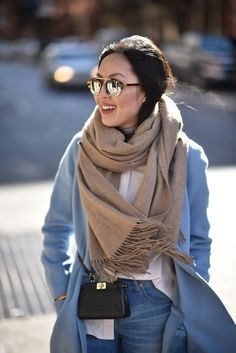 blue-coat-winter-outfit-ideas-2