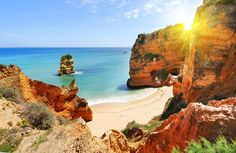9 Sights not to miss in Portugal according to Clickstay 03-02-2017 | Portugal is the perfect holiday destination to enjoy colourful culture, fascinating history and breath-taking beaches. Here are some incredible photos of Portugal to inspire your next holiday... Photo: Lagos