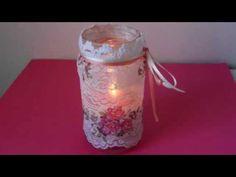 Recicla tus frascos de vidrio con decoupage y puntillas | Manualidades