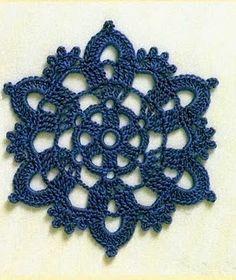 Lindo motivo para compor os mais diversos trabalhos! Filet Crochet, Mandala Au Crochet, Free Crochet Doily Patterns, Crochet Motifs, Crochet Chart, Crochet Squares, Thread Crochet, Crochet Doilies, Crochet Flowers
