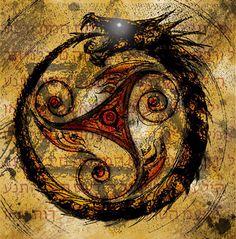 Elément à fortes symboliques, l'ouroboros est un serpent ou dragon représenté en train de manger sa propre queue, et dont le tout forme un cercle. On trouve ses premières traces vers 1600 ans avant Jésus-Christ en Ancienne Egypte. Puis, avec les Phéniciens,...