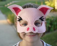 Items similar to Handmade felt mouse mask on Etsy Sibling Halloween Costumes, Pig Costumes, Family Costumes, Chicken Costumes, Mouse Mask, Pig Mask, Mascaras Halloween, Felt Crown, Felt Mouse